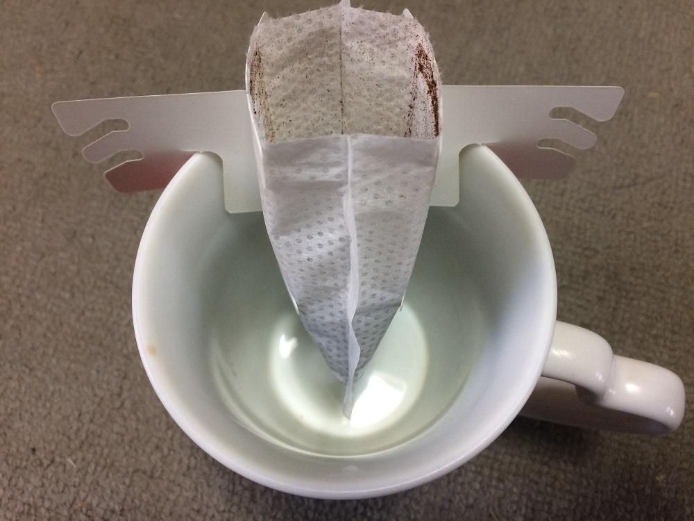 アバンスドリップコーヒーカップ装着